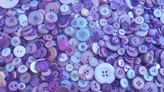 100 Assorted Light Purple Buttons