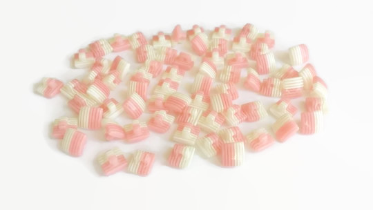 12 Square Strawberry Pie Striped Buttons, 10mm